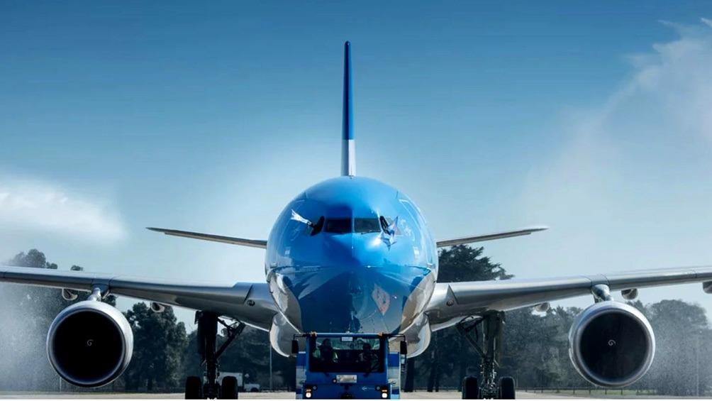 avion aerolineas octubre