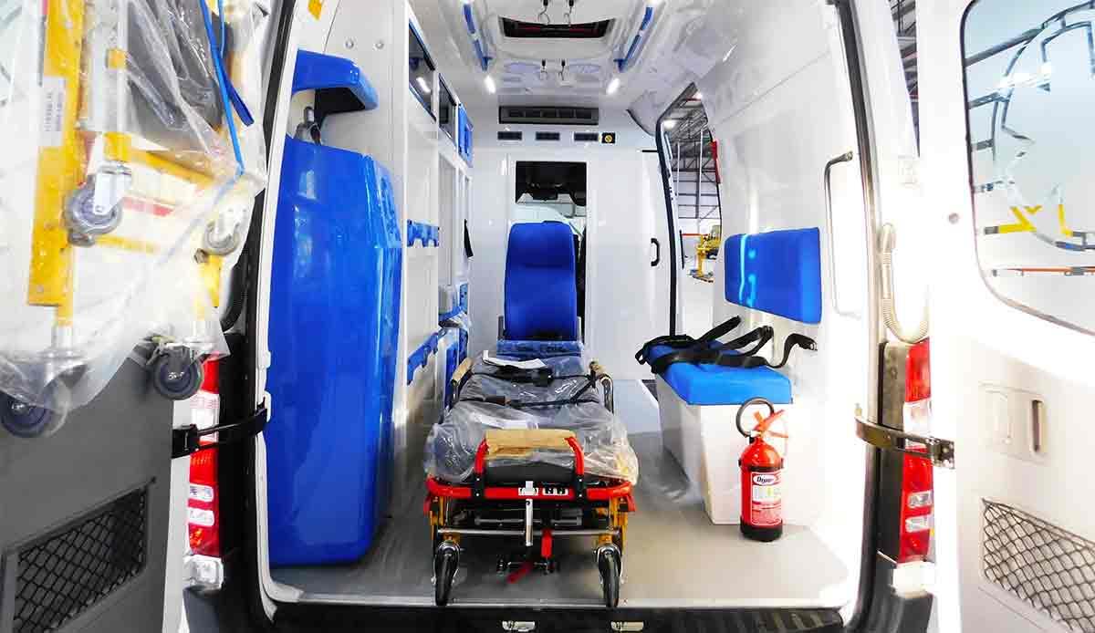 interior ambulancia